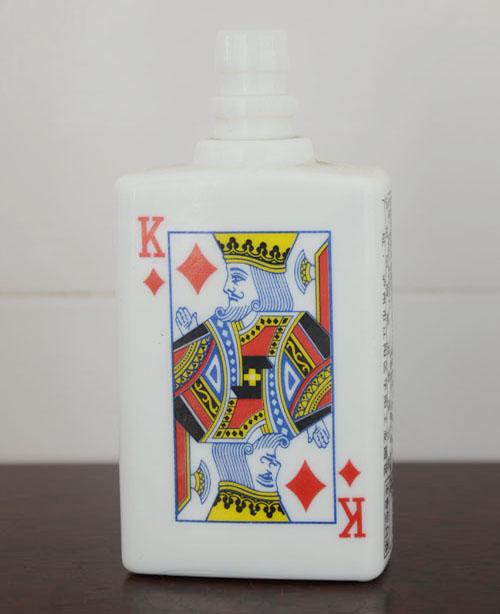 仿陶乳白喷釉烤花瓶