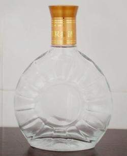 精白玻璃酒瓶